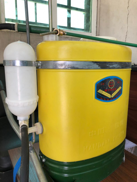 مضخات مبيدات حشرية وتعقيم سعة ١٦ التر صناعة صينية تحكم يدوي يوجد كميات بسعر مناسب